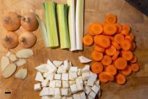 Geschnittenes Gemüse für Hühnersuppe