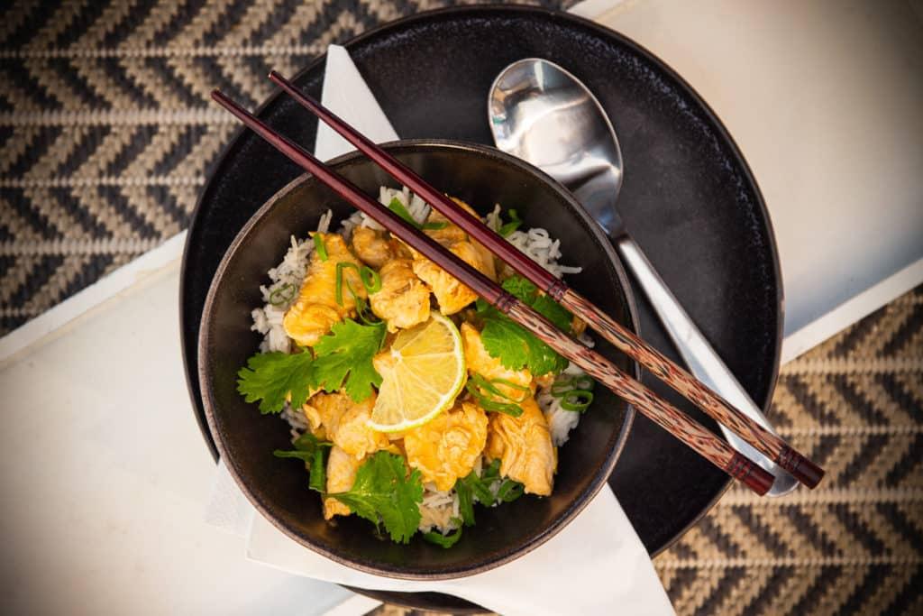 Hähnchen-Curry mit Kokosmilch
