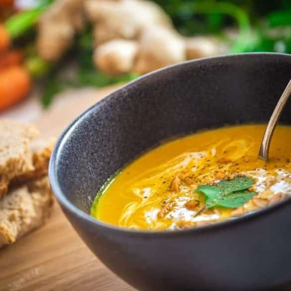 Karotten-Ingwer-Suppe in 25 Minuten