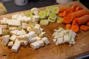Suppengrün vorbereiten