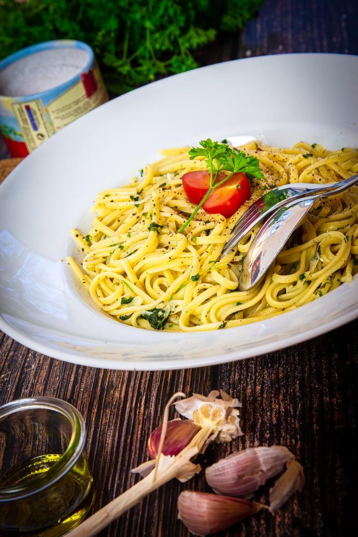 Spaghetti Aglio E Olio Der Italienische Klassiker Tastybits De