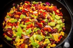 Gemüse für Steakpfanne anbraten