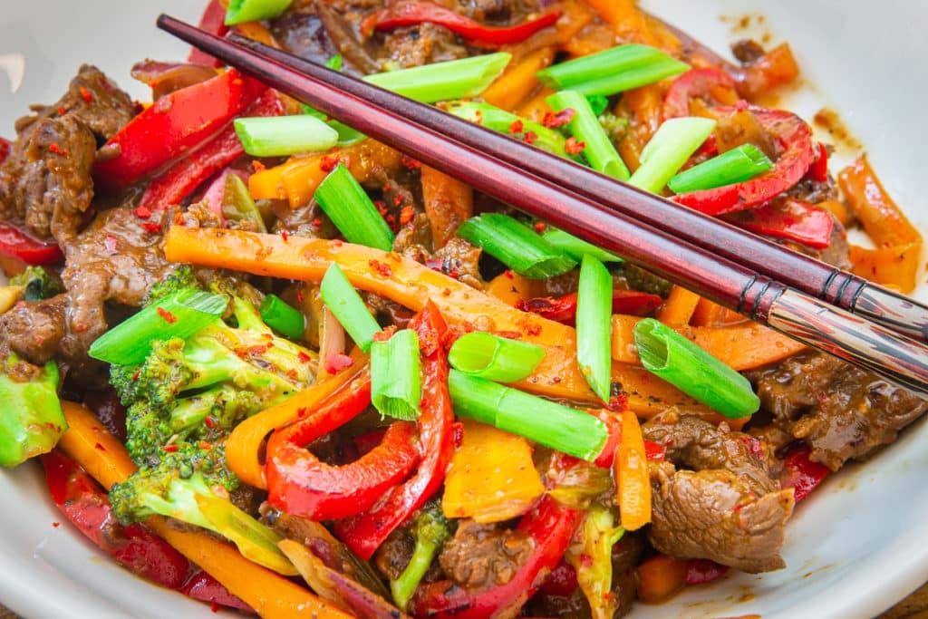 Chinesisches Rindfleisch aus dem Wok