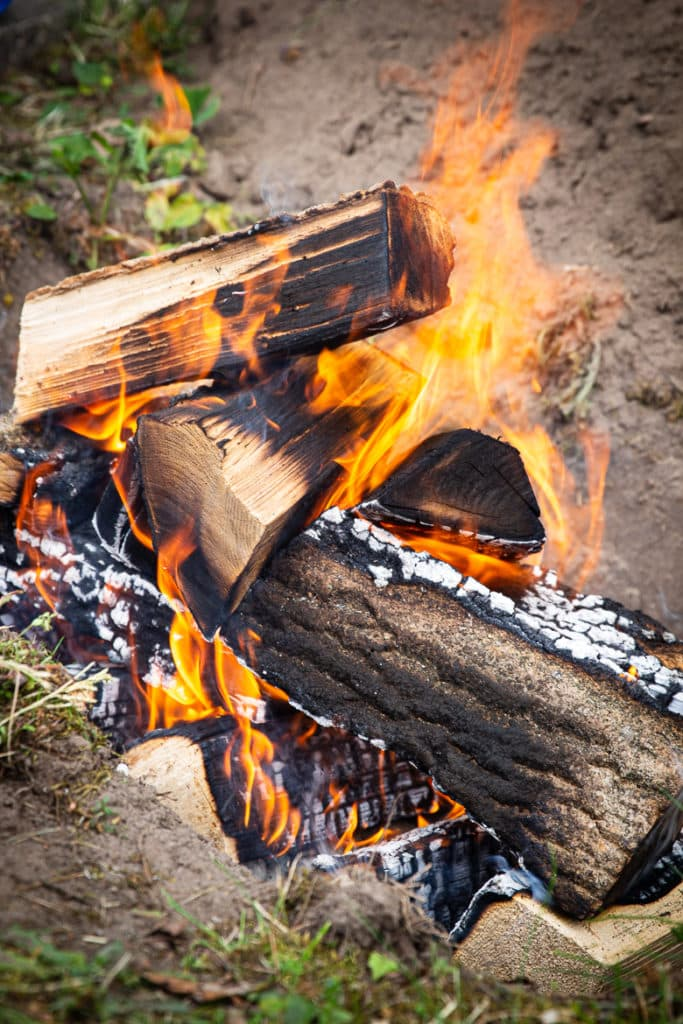 Feuer abbrennen lassen