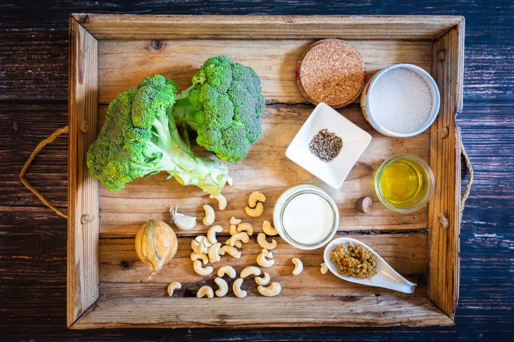 Zutaten für die Brokkolisuppe
