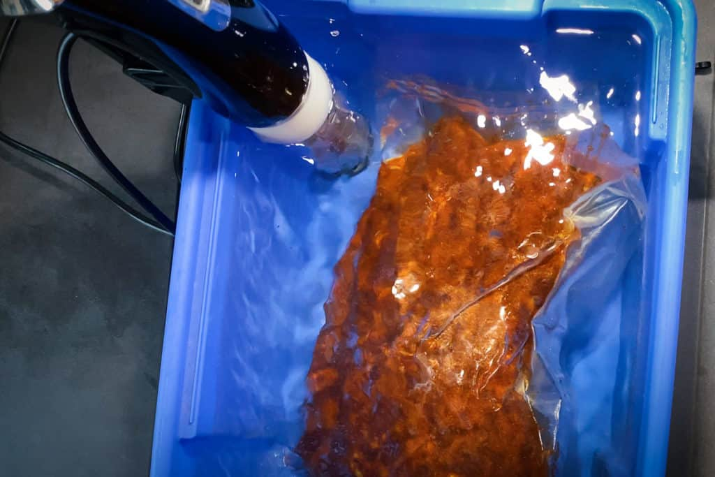 Pulled Pork mit Sous-Vide-Stab im Wasserbad