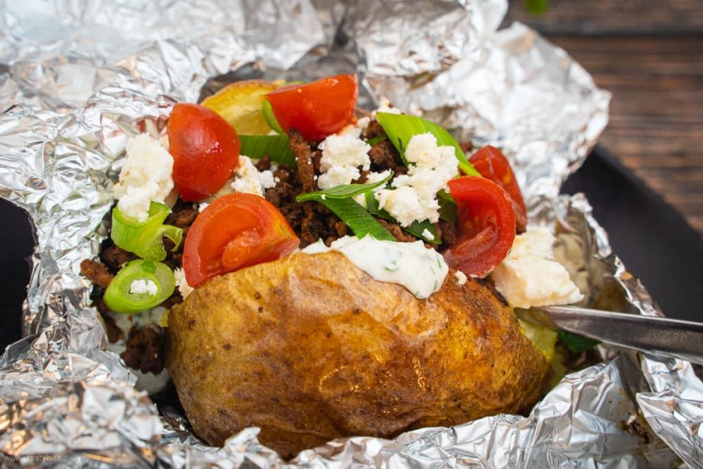 Ofenkartoffel mit Hackfleisch & Gemüse